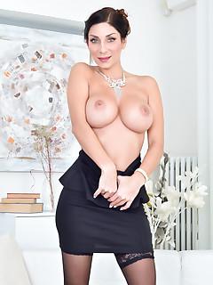 Undressing Tits Pics